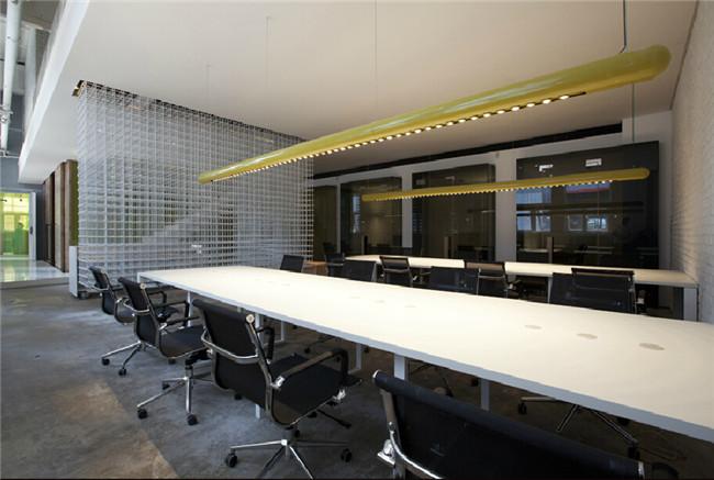 现代时尚创意办公室设计方案