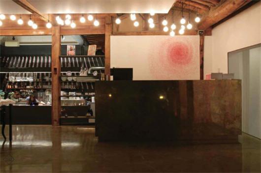 设计 上海/这个主题餐厅设计中所有的元素都是纯墨色的,不掺杂任何其他...