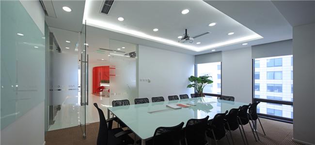 时尚创意 300平方小型企业办公室设计案例欣赏