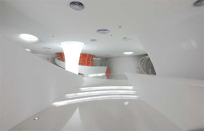 """""""星际空间""""的室内设计概念从平面功能的设置到立体"""