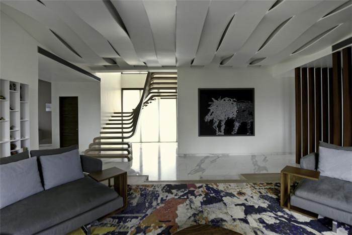 设计感超强的国外三代同堂优秀别墅室内设计案例图片