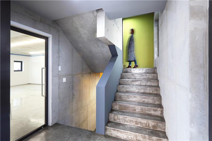 楼梯入口设计图片欣赏