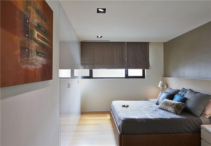 使居室呈现和谐美感;在小孩房部分,设计师将书桌,悬吊式书柜,衣柜融合图片