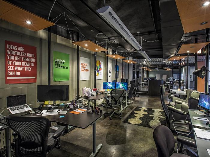 next低调工业风创意办公室设计方案