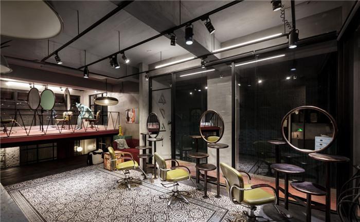 充满艺术色彩的复古loft风美发会所设计说明