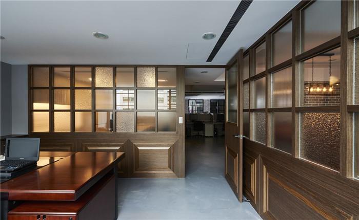 郑州知名的办公室设计公司分享loft混搭风小型办公室设计案例