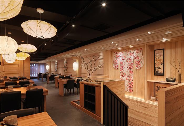 经典传统日式餐饮空间设计方案图片
