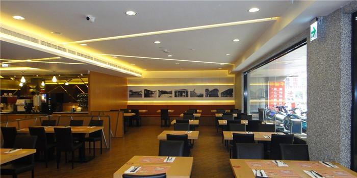 传统台式牛排店面改造升级 打造连锁餐饮设计新品牌