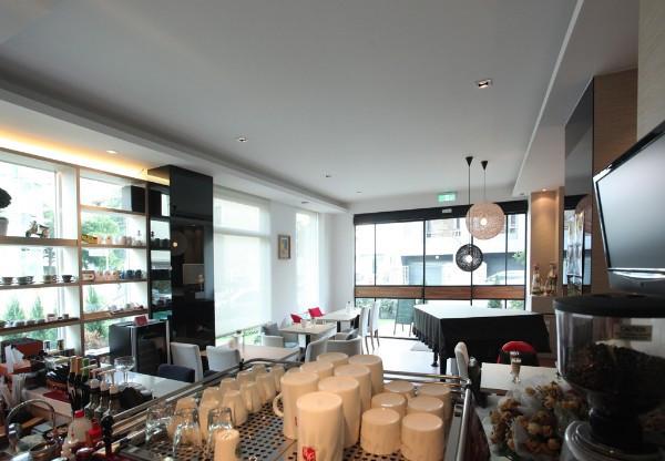 北欧休闲风咖啡厅室内设计方案