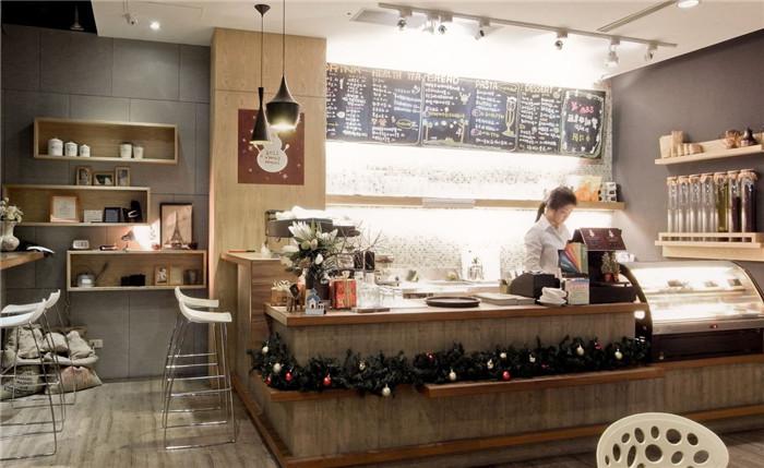 勃朗专业餐厅设计公司推荐原木风格休闲餐饮空间设计