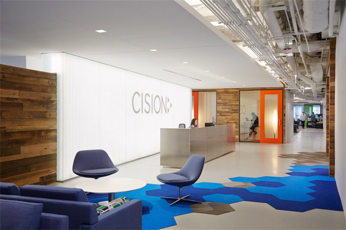 编织地毯办公空间