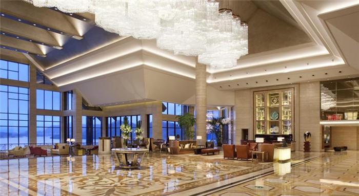 大气奢华的酒店大堂空间设计欣赏