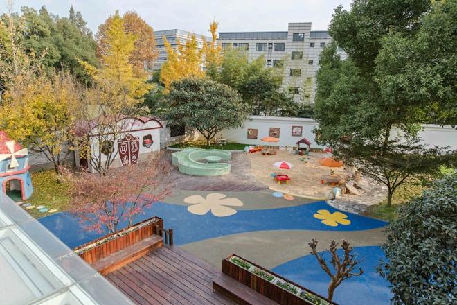 勃朗幼儿园设计专家:郑州幼儿园户外环境设计的四个要点