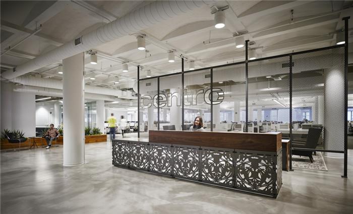 办公室员工场景_快乐优雅的公园式Centro公司办公室装修设计实景图-行业资讯-上海 ...