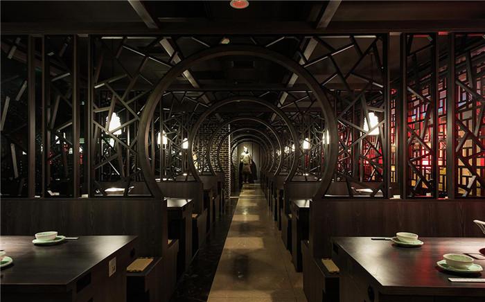 知名连锁火锅餐饮旗舰店设计 中式宫殿主题餐厅设计说明图片