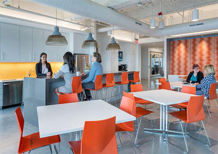 开放式办公空间设计:办公室洽谈区