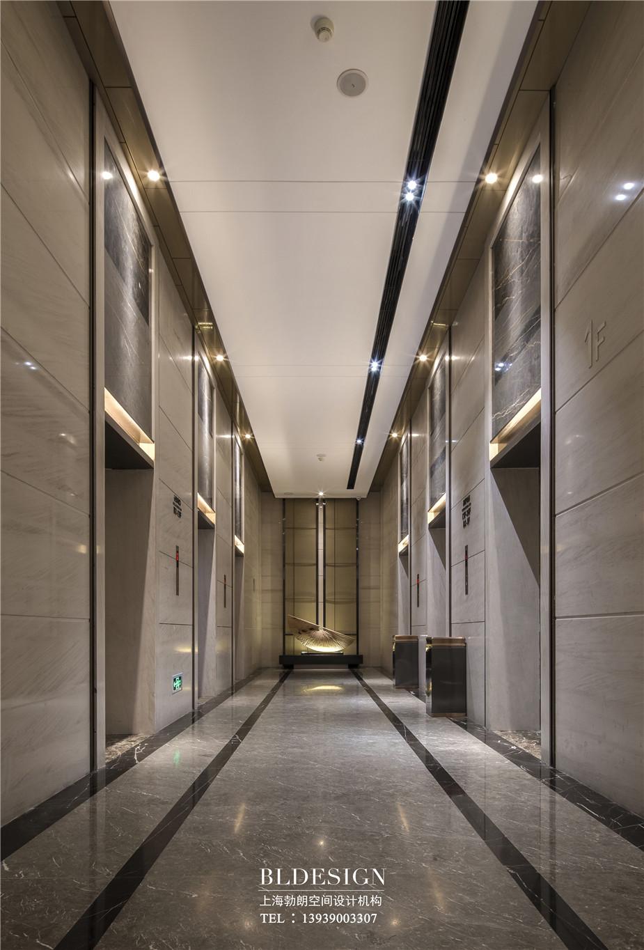 郑州铭汇文华酒店电梯厅装修设计实景图
